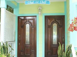 Chat & Chill Re, Harbour Adası