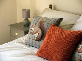 Carsington Self Catering apartment on edge of Peak District, The Ketch Kniveton, Kniveton