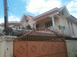Light Love Guesthouse, Порт-о-Пренс (рядом с городом Croix des Bouquets)