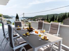 De Luxe Apartment Mediteran 1****, Затон