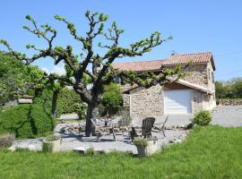 Maison de vacances - Saint Etienne De Fontbellon 1, Saint-Étienne-de-Fontbellon