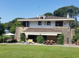 Villa deMonte