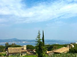 Saint-Tropez walking distance, sea view house