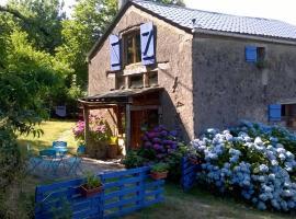 Holiday home Le Secun Haut, Le Bez (рядом с городом Ferrières)