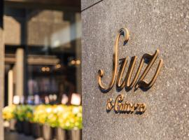 Suz Hotel