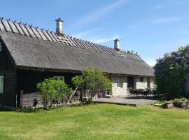 Sihi Country House, Hiievälja