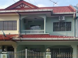 GuestHouse Taman Megah, Lot 19