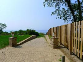 Private Beach Condo with Panoramic Views, Coloma