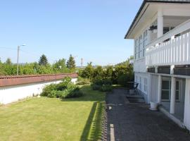 Cozy Apartment with Lovely Patio in Kristiansand