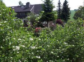 Ferienwohnung Aronia Garten, Kurort Oberwiesenthal (Loučná yakınında)