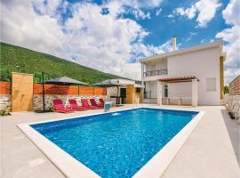 Four-Bedroom Holiday Home in Slivno, Slivno (рядом с городом Glibote)