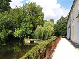 Logis de Garnaud, Poursay-Garnaud (рядом с городом Saint-Pardoult)