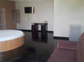 Regiboat Hotel, Koforidua (Near Suhum Kraboa Coaltar)
