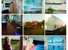 Aylings retreat caravan Martello Beach Holiday Park