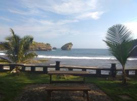 Villa Family Ocean, Pringkuku (рядом с городом Pacitan)