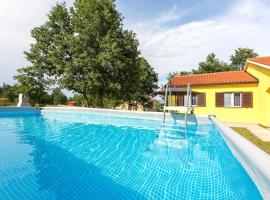 Family house with pool and playground / garage, Santalezi
