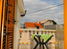 Apartman Milena, Mravince