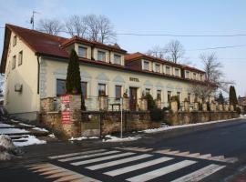Hotel Bouček, Mochov (Horoušany yakınında)