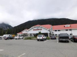 The Summit Inn, Snoqualmie Pass