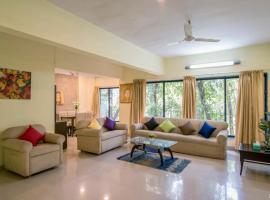 HiGuests Vacation Homes - Juhu, Мумбай (рядом с городом Andheri)