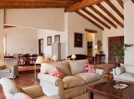 Lantero Horse & Lodge, San Román (Cazalegas yakınında)