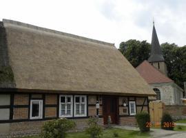 Historisches Küsterhaus Reetdachträume, Putzar (Rathebur yakınında)