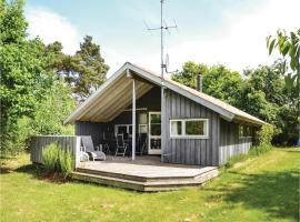 Four-Bedroom Holiday Home in Dronningmolle