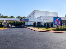 Motel 6 Decatur GA