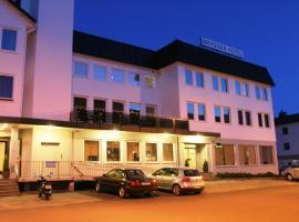 Bryggen Hotel Nordfjord, Nordfjordeid