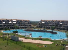 Apartamento para 5 personas en Golfmar Resort, con WIFI, Sant Jordi (La Jana yakınında)