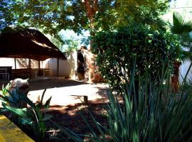 Tsodilo Lodge, Tlokweng