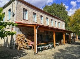 Munti Smolikas, Pádes (рядом с городом Vovousa)