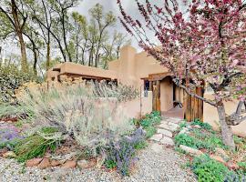 311 Theodora Place Home Home, Taos (in de buurt van El Prado)
