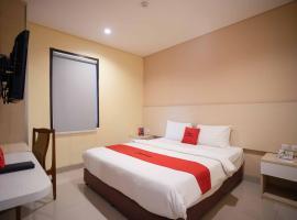 RedDoorz Premium near Kawasan Industri Cikarang, Cikarang (рядом с городом Cibitung)