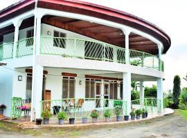 Fenton Sea View Apartment, Savusavu (рядом с городом Nasinu)