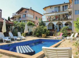 Eight-Bedroom Holiday Home in Bliznatsi, Bliznatsi (Kamchia yakınında)