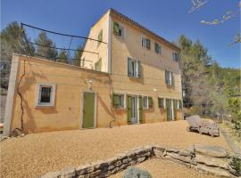 Two-Bedroom Apartment in Eygaliers, Eygaliers (Near Buis-les-Baronnies)