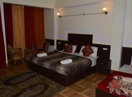 Hotel Auli D