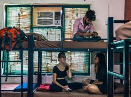 The Hosteller Saket Delhi
