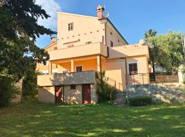 Sveti Lovro Apartments