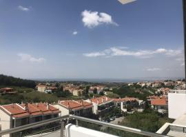 Kardia Lux Complex, Kardiá (рядом с городом Agios Antonios)