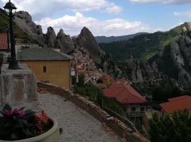 Al Balcone delle Dolomiti, Castelmezzano (Laurenzana yakınında)