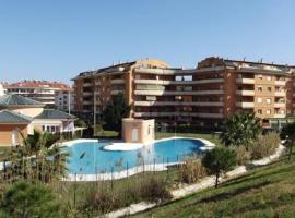 Central Apartment in Sabinillas Walking Distance to the Beach, Manilva (Blizu: San Luis de Sabinillas)