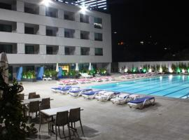 Le Six Hotel And Resort