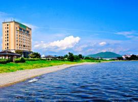 今津サンブリッジホテル, Takashima (De-kamo yakınında)
