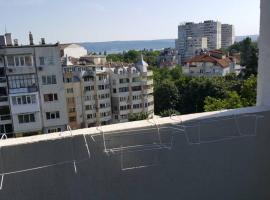 """апартамент """"ДЕЛФИНАРИУМ"""", Varna (Izgrev yakınında)"""