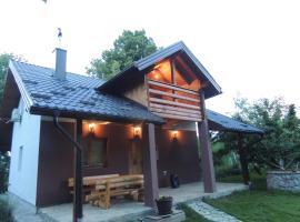 Holiday Home Green hill, Račić (Otoka yakınında)