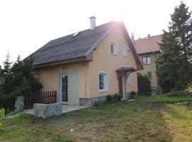 Vila U Hrádku, Teplice (Lysec yakınında)