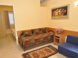 Hosting Kibbutz Dorot, Dorot (Near Gaza Strip)
