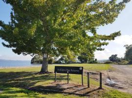 Holdens Bay Cottage